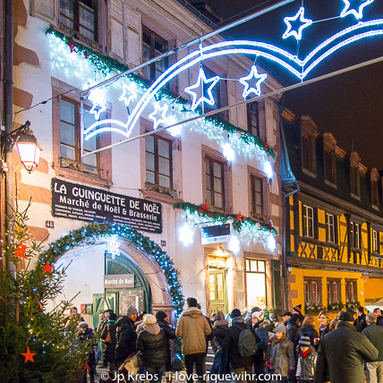 La Guinguette de Noël is a private Christmas market held in a historical winemaker's property in the heart of Riquewihr.